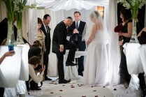 jewish-wedding-breaking-glass